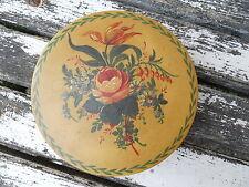 Ancienne boite à bonbons en bois peint laqué décor bouquet de fleurs