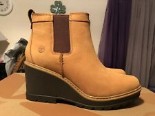 NIB Timberland Kellis Double Gore Chelsea Wheat Nubuck Leather Wedge Boot Sz 10