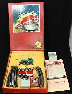 Trix Express Dienst (5) Car Model Train Gift Set w/ Track & Box - Vintage