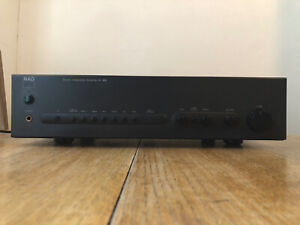 NAD C320 Stereo Amplifier