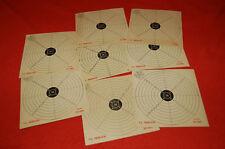 8 Cibles anciennes de tir  en carton 16 cm x  16 cm.