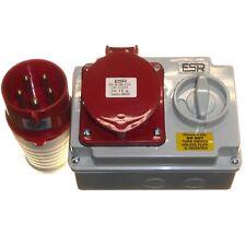 32A Interlocked Switched Socket and 32 Amp Plug 5 Pin 380 - 415v 3P+N+E IP44