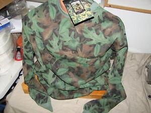 XXLg spring green long sleeve hunting w/pocket t-shirt