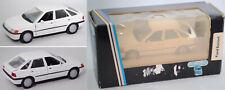 Schabak 1090 Ford Escort Ghia, diamant-weiß, 1:43