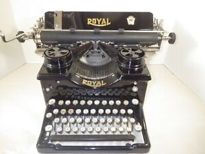 1926 ROYAL MODEL 10 TYPEWRITER FULLY RECONDITIONED & IN PERFECT WORKING ORDER
