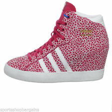 Originals Standard Width (B) Lace Up Trainers for Women
