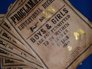 Harry Potter, Ministry of Magic proclamations with gold leaf. Replica / prop.