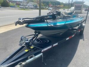 1994 Stratos 254 Bass Boat NO RESERVE