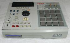 AKAI MPC 2000XL MIDI PRODUCTION CENTER Sampler Sequencer Drum Pad