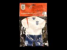 ORIGINAL Angleterre F.A.MINIKIT pour auto-fenster Maillot + shorts-set