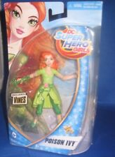 DC UNIVERSE SUPER  HERO GIRLS POISON IVY W/VINES COLLECTOR FIGURE, NEW