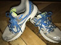 Saucony Womens Oasis 2 Running Walking Shoes Turquoise/Gray  Sz 8.5  S15209-4