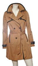Cappotti e giacche da donna in pelle beige con bottone