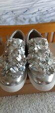 Glamorous Silver Shoes Size 5 cute flowers !