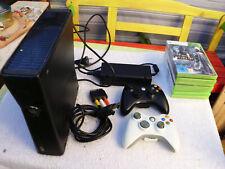 Microsoft Xbox 360 S  slim Model 1439 4 GB mit 2 Controllern und 7 Spielen
