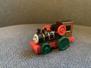 thomas take and play train Theo