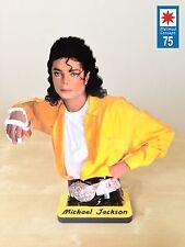 MICHAEL JACKSON en figurine de 30cm de hauteur.