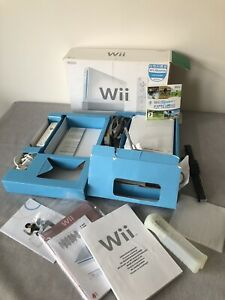 Nintendo Wii 8GB White Console Wii Sports Edition