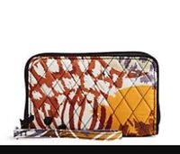 NWT Vera Bradley Grab and go RFID Wallet painted Feathers Retail $48
