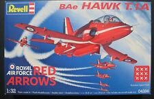 Revell 04282 - BAe HAWK T.1A - RED ARROWS - 1:32 - Flugzeug Modellbausatz Kit