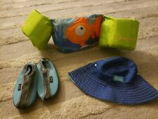 Stearns Puddle Jumper Child's Life Jacket 30-50 lb Flotation, shoes and hat