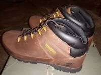 BNIB Timberland Men's Euro Sprint Hiker Leather hiking  Boots13 FREE POST
