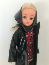 VINTAGE BLONDE SINDY DOLL - 2 GEN 1077 IN 1963 SHOPPING-IN-THE RAIN COAT