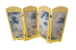 """Japanese Small Table Collectible Screen Plastic Folding Screen 9""""T x 16""""L"""