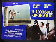 FOTOBUSTA CINEMA - IL CONSOLE ONORARIO - R. GERE, M. CAINE - 1983 -DRAMMATICO-01