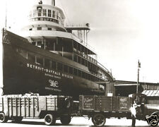 Vintage Vernors Ginger Ale Trucks Loading Ship Greater Buffalo In Detroit MI WOW