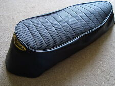 Motorcycle seat cover - Triumph Daytona T100 with gold print