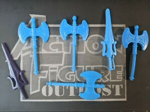 HE-MAN 1984 Weapons Accessories Lot Master o/t Universe Figure BLUE AXE & SWORD
