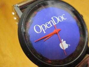 APPLE logo WATCH Silver Speidel Strap OpenDoc 1990 Wrist Wristwatch Employee Mac