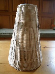 VINTAGE 70s WICKER WEAVE RATTAN HANGING CEILING CONE PENDANT LIGHT SHADE BOHO
