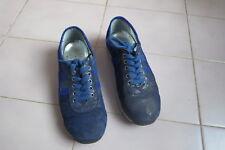 1997:baskets bleues neuves T31 un mercredi ebondy