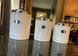 Williams Sonoma 3 Piece Kitchen Canister Set Tea, Sugar & Flower VGUC