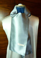 100% woven silk men's cravat/scarf/ascot  Pale grey  NEW
