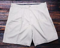 Roundtree & Yorke Men's Casual Golf Pleated Front Shorts Size 42 Micro Poly