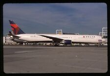 Delta Boeing 767-400ER N841MH *special decal* 35mm Kodachrome Aircraft Slide