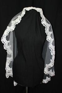 NEW White lace edged Mantilla bridal veil, fingertip length, $225