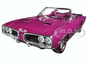 1970 DODGE CORONET R/T PURPLE 1:18 DIECAST MODEL CAR BY ROAD SIGNATURE 92548