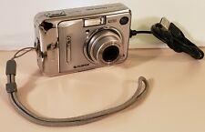 Fujifilm FinePix A400 digital camera. 4.1Mp Silver. Includes Usb cable. Tested.