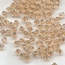 T4 5301 LP  *** 30 toupies cristal Swarovski 4mm  LIGHT PEACH