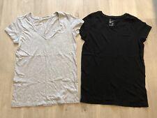 Bundle Gap Two T-shirts Black & Grey Women Size XS