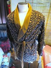 Vtg Men's Velvet Print Smoking Jacket. Robe. Mans Large. RAB. VLV