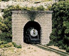 Woodland Scenics (N-Scale) C1153 Tunel Portals - Cut Stone Single Track (Pkg-2)