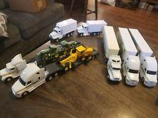 1/64 John Deere Semi truck and trailer lot