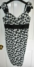 Women's Karen Millen Black White Bow Floral Rose Pencil Dress Size UK 10 EU 42