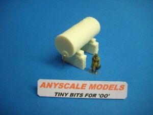 OO/4mm Model Railway. Oil or fuel storage tank on brick support. (014)