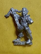 Warhammer Fantasy Dark Elf Crossbow Man - Metal - Unpainted